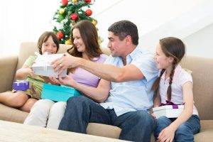 top 7 oral hygiene gift ideas for holidays from main beach dental hero