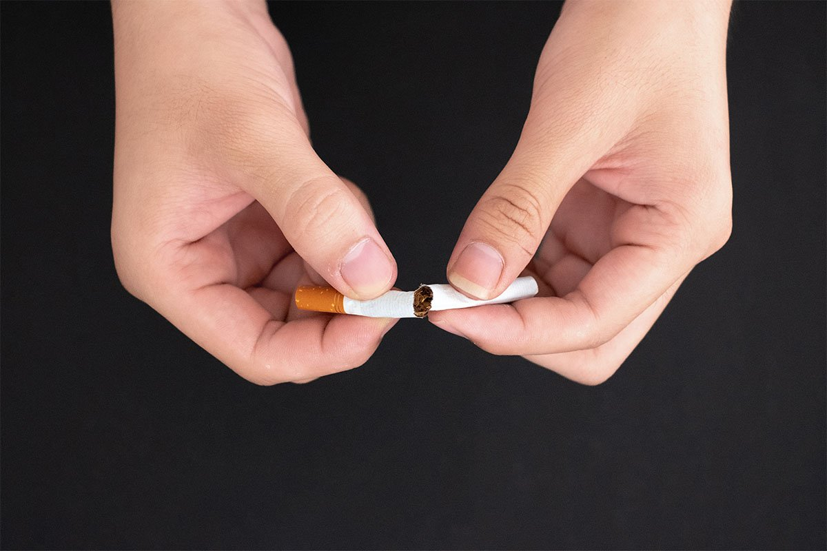 top 5 reasons to quit smoking now from your main beach dentist